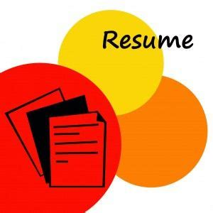 10 Resume Summary Examples That Get Interviews